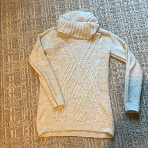 Maternity sweater